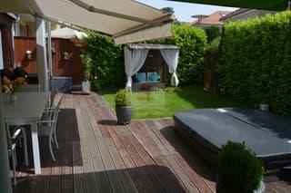 La partie jardin - terrasse