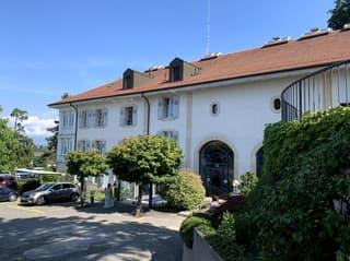 Dans un magnifique parc, bel immeuble de caractère, 2'188 m2 à louer à Lausanne (2)