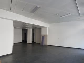 Arcade de 112 m² située dans un emplacement stratégique privilégié (4)