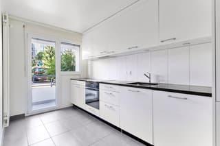 Bel appartement de 3.5 pieces avec balcon (3)