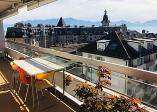 A deux pas d'Ouchy avec grand balcon et vue sur le lac et les Alpes (2)