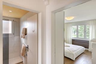 Renovierte 3.5-Zimmerwohnung mit Aussicht! (3)