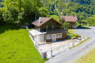 Freistehendes Einfamilienhaus im Grünen (2)