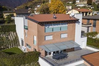 Appartamento con giardino e vista panoramica (4)