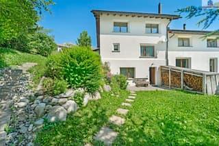 Einfamilienhaus mit Garten und viel Nebenfläche - Erstwohnung (4)