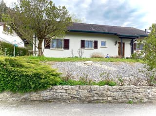 Splendide maison sur une belle parcelle arborée! (3)