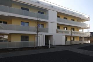 Schöne, helle Wohnung im Eigentums-Standard (3)
