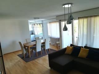Ruhige und sonnige Wohnung im Schorenquartier Nähe Universität (2)