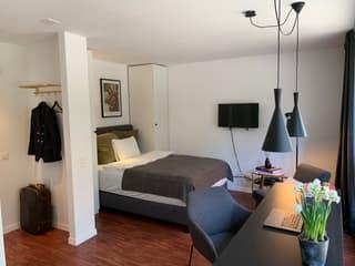 Stylisch möblierte Design 1,5 Zimmer Wohnung (3)