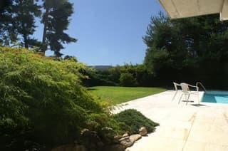 Ruhig gelegenes 6.5-Zimmer Einfamilienhaus mit Schwimmbad (3)