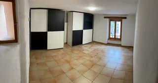 Schöne 3.5 Zimmer - Dachwohnung in Giornico zu Vermieten (4)