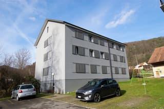 2 Mehrfamilienhäuser in Zentrumsnähe mit 15 Wohnungen, 11 Parkplätzen und 6 Garagenboxen (3)