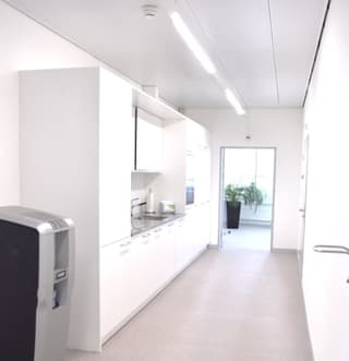 Incredible Value - Clean Tech / Pharma Lab and Office (4)