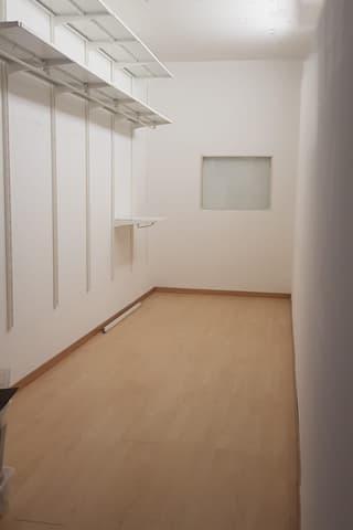 Bureau ou showroom dans centre commercial - 100 m2 (3)
