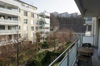 Schöne 2.5-Zimmerwohnung an ruhiger & zentraler Lage in Luzern (2)