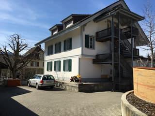 Gemütliche 3-Zimmerwohnung oder Büro im 1 Obergschoss (2)