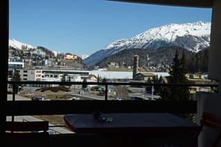 2 1/2-Zimmerwohnung mit See- und Bergsicht in St. Moritz (4)