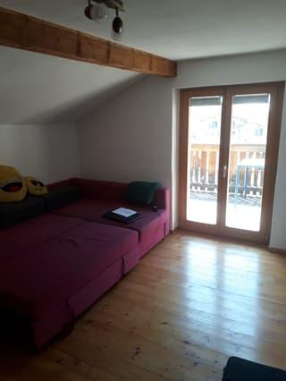 tolle und zentrale Wohnung in Andeer (2)