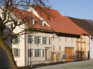 Pfiffige, moderne Wohnung in altem Bauernhaus (4)