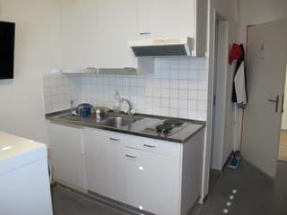Möbliertes Studio mit eigener Küche und eigenem Badezimmer (Dusche) (2)