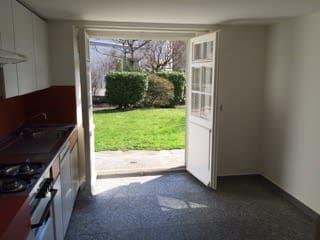 Charmante 2.5 Zimmer Wohnung zu vermieten (3)