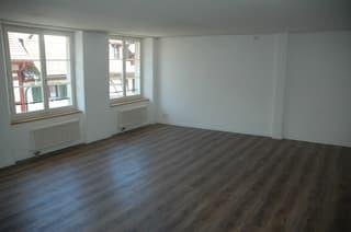 heimelige Wohnung mitten im Städtli (3)