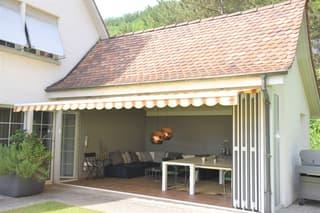 Sehr schönes Landhaus mit toller Aussicht, grossem Garten, Pool und viel Privatsphäre (2)