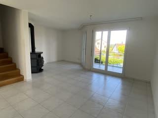 Gemütliche 3.5-Zimmer-Maisonettewohnung mit grosszügigen Nebenflächenen (3)