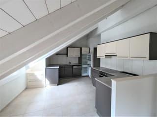 Moderne 3 1/2-Zimmerwohnung im 2.OG im Zentrum von Gelterkinden (2)