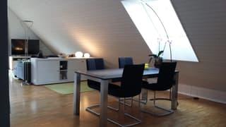 2 1/2 Zimmer Dachwohnung mit Studiobereich (3)