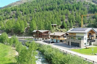 Attraktives Mehrfamilienhaus als Renditeobjekt (2)