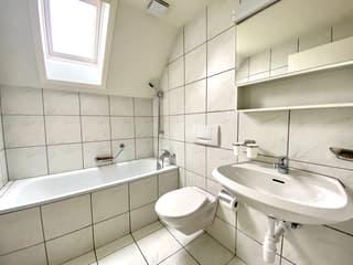 Gemütliche 2.5 Zimmerwohnung, befristet bis 30.11.2022 (2)