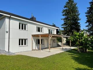 Einfamilienhaus (2)