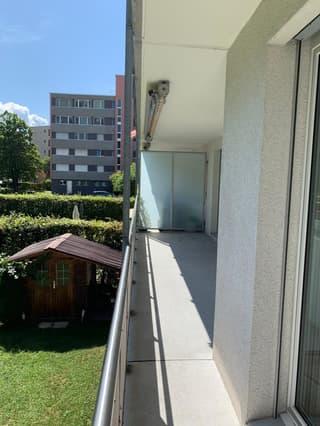 Seltene 5.5 Zimmerwohnung im Rheinquartier zu vermieten (3)