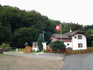 Bahnwärterhaus in Full-Reuenthal 4.5Zimmer allein stehend...keine Makler bitte !!!! (3)