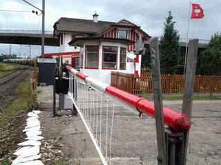 Bahnwärterhaus in Full-Reuenthal 4.5Zimmer allein stehend...keine Makler bitte !!!! (2)