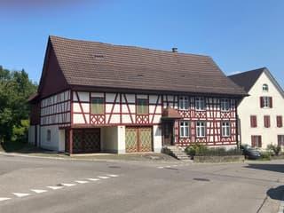 Schönes Riegelhaus mit Scheune (ausbaubar) (3)