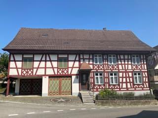 Schönes Riegelhaus mit Scheune (ausbaubar) (2)