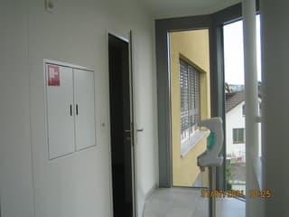 Helle 3-Zimmer Büro- Praxis- Gewerberäume im 3. OG (3)
