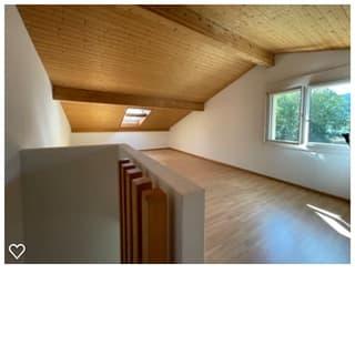 Eckhaus in Ruhiger Lage mit Privatstrand  langfristig zu vermieten oder zu verkaufen (2)