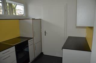 Helle 2.5 Zimmerwohnung mit separatem Abstellraum (2)