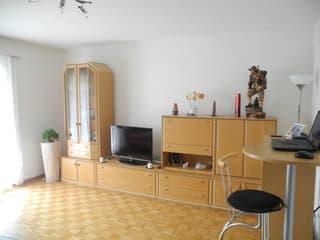 sehr preiswerte schöne  4 Zimmer Wohnung (4)