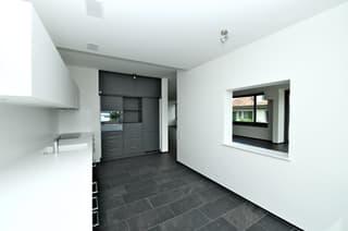 4.5 - Zimmer Wohnung mit hohem Ausbaustandard (2)