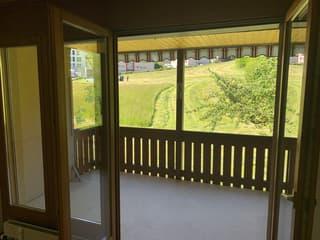 Mit Blick ins Grüne: Eine Wohnung mit bezaubernder Aussicht (4)