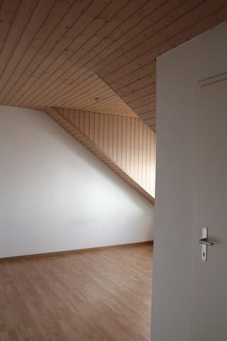 Dachwohnung inkl. Strom + Akonto Heizkosten (3)
