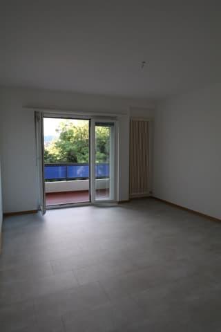 Appartamento ultimo piano, penultimo e primo piano a Savosa (4)