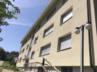 schöne 3.5 Zimmer-Wohnung mit Balkon in Gossau ZH (2)
