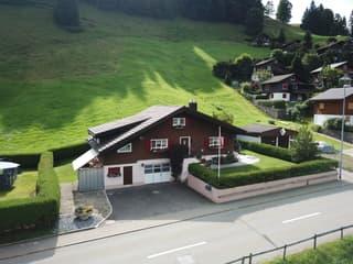 Freistehendes Einfamilienhaus im Naturerholungsgebiet Ybrig (2)