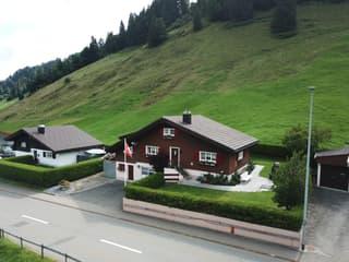 Freistehendes Einfamilienhaus im Naturerholungsgebiet Ybrig (3)