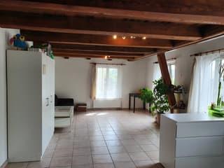 Schöne Altbauwohnung mit viel Holz zu vermieten (3)